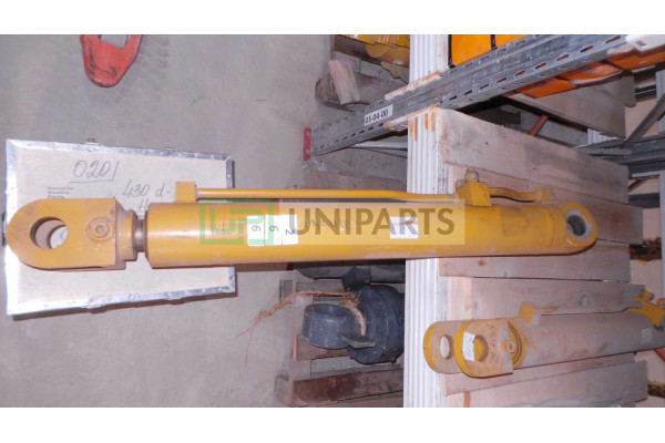Гидроцилиндр стрелы (правый) 803004334/XGYG01-131